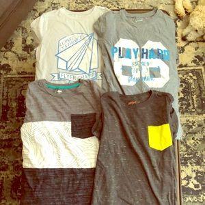 Bundle of 4 t shirts boys size 14-16!